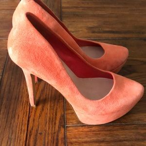 Jessica Simpson 8.5 Orange Pumps